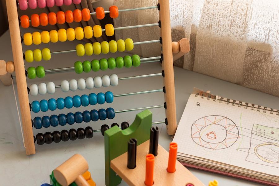 Jeux pour tests psychologiques lors d'un diagnostic d'autisme