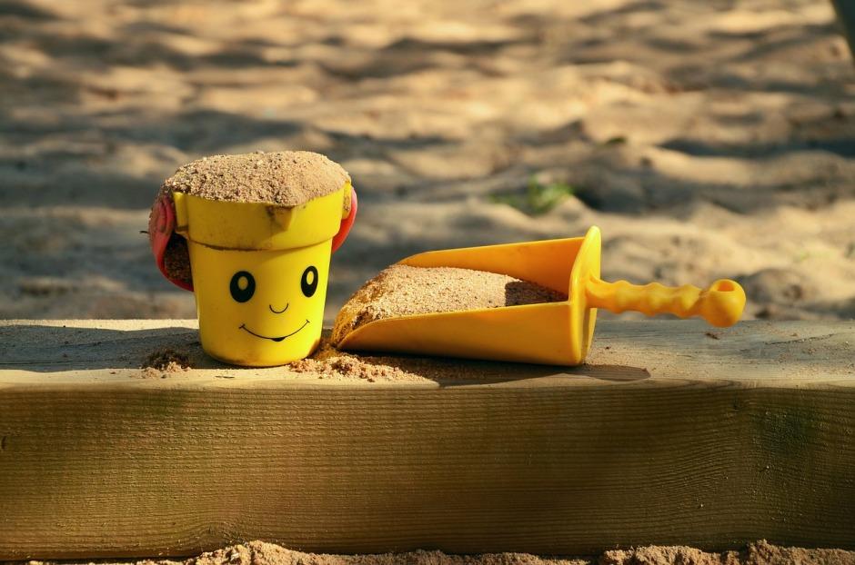 jouets de château de sable vacances adaptées les bonnes adresses
